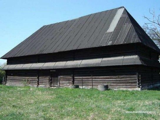 Chełmek - Spichlerz i czworaki w Bobrku